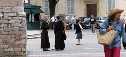 Street Life in Assisi