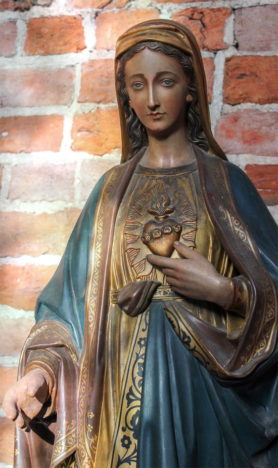 Madonna, statue of St. Mary