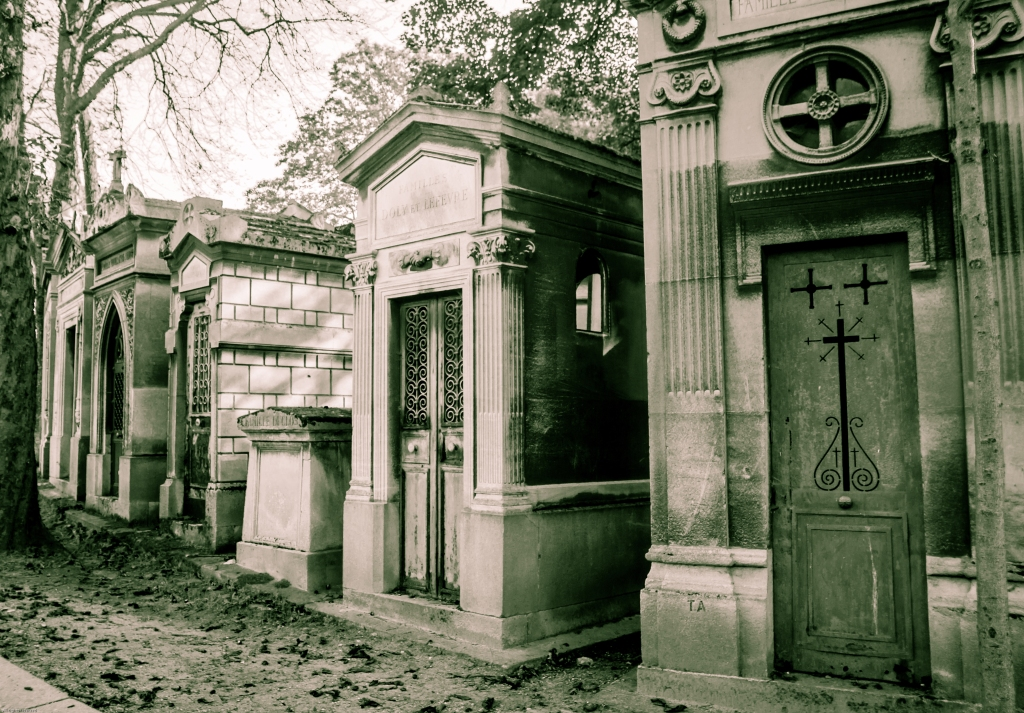 Paris. Tombs in the Père Lachaise cemetery.