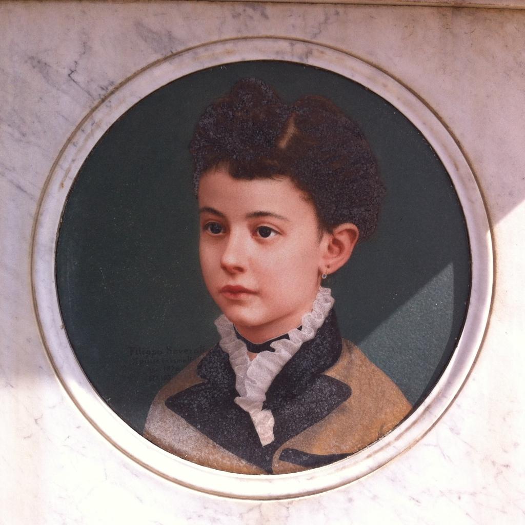 Portrait on marble, 19th century, Cimetero Monumentale del Verano, Rome. Photo: Eelco Bruinsma 2014