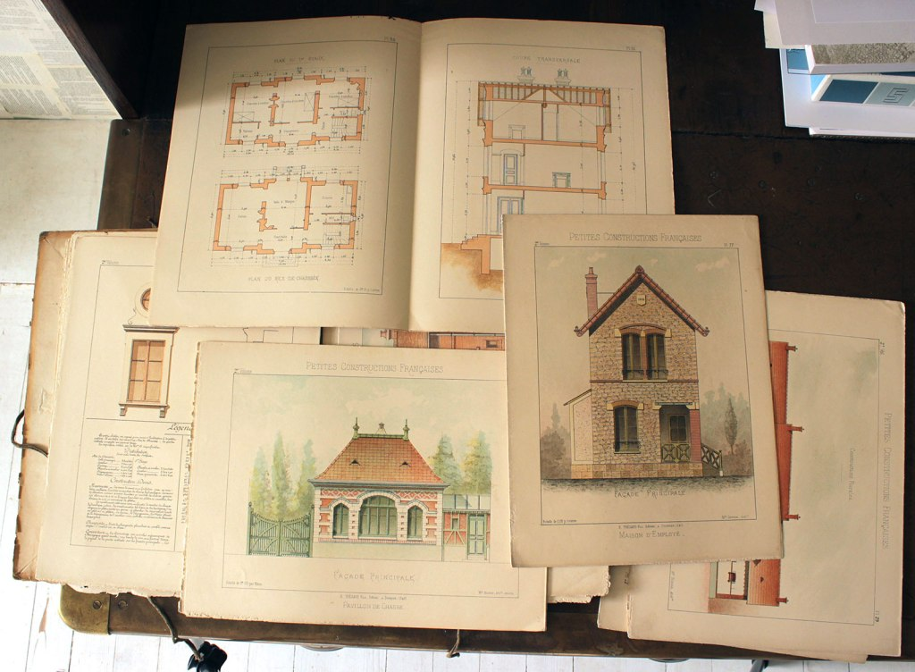 Loose pages with hunting lodge and worker's house from the portfolio 'Petites Constructions Françaises' (ca. 1893). Some plans, and sections.