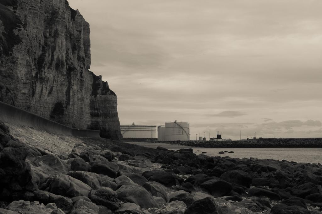 Petrol port and repository. Photo Eelco Bruinsma, 2015